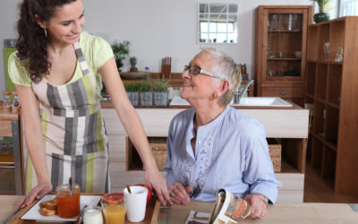 3 Ways a Housekeeper Can Assist With Aging Households